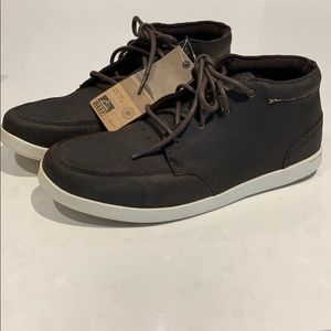 NWT Reef Spiniker Mid Men's shoes